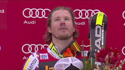 "Esqui Alpino: Jansrud triunfa no ""Super G"" e ultrapassa Hirscher"