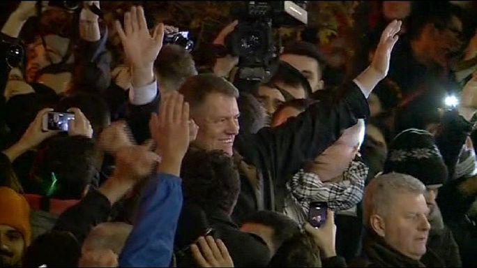 Romanya'da yeni Cumhurbaşkanı Iohannis yemin etti