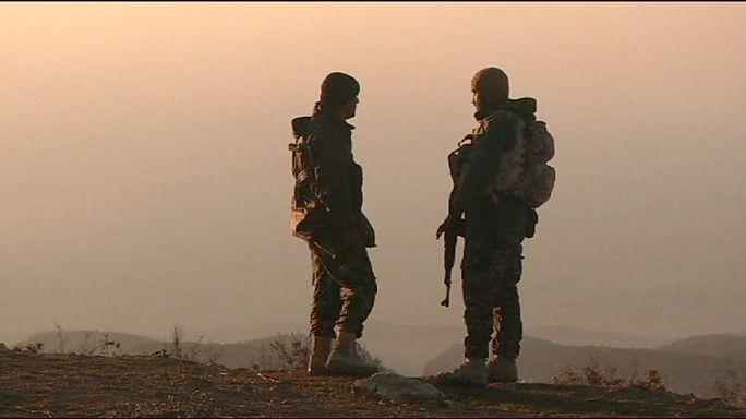 Szindzsár ostroma: nyomulnak a kurdok, hátrál az Iszlám Állam