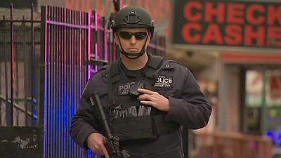 Dos policías mueren tiroteados en Nueva York, una venganza por la violencia policial