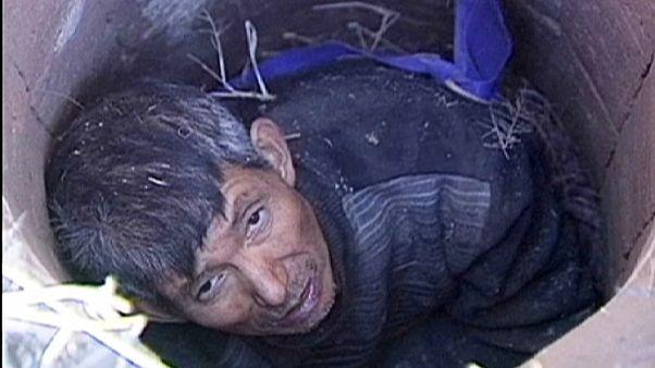 Szerencsésen megmenekült a kútba szorult férfi Kínában