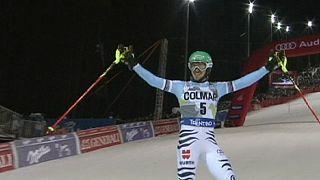 Neureuther vence Slalom noturno em Madonna di Campiglio