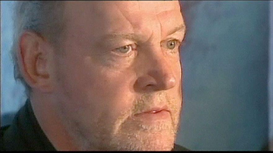 Tributes paid after British rock singer Joe Cocker dies of cancer