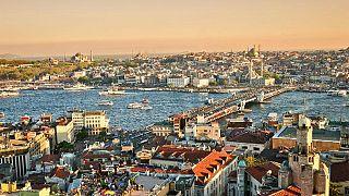 انخفاض السياح الروس في تركيا ومصر اثر انهيارالروبل