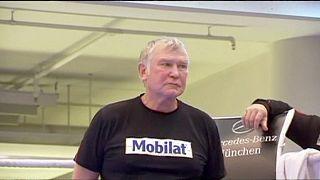 وفاة مدرب الملاكمة الألماني فريتز سدونيك