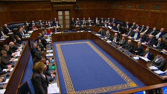 Les nationalistes et unionistes d'Irlande du Nord trouvent un accord