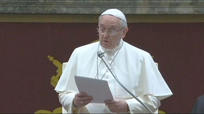 A katolikus egyházfő a kúriát ostorozta