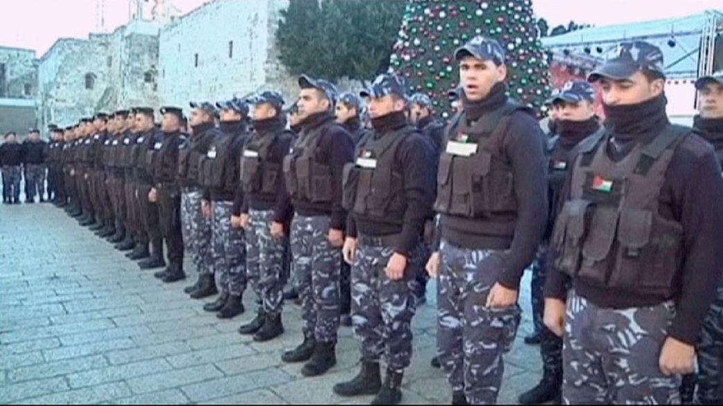 500 policías palestinos vigilan las calles de Belén durante la Navidad