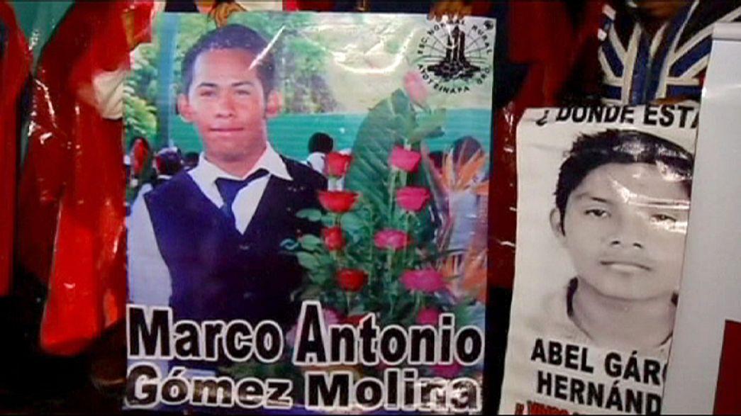 Les parents des 43 étudiants mexicains disparus réclament justice