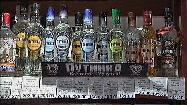 Vladimir Poutine impose un gel des prix de la vodka en Russie