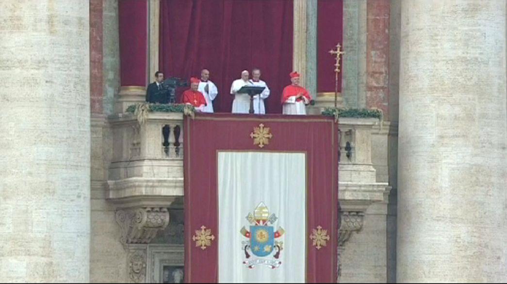 El Papa recuerda el dolor de los perseguidos en su bendición urbi et orbi
