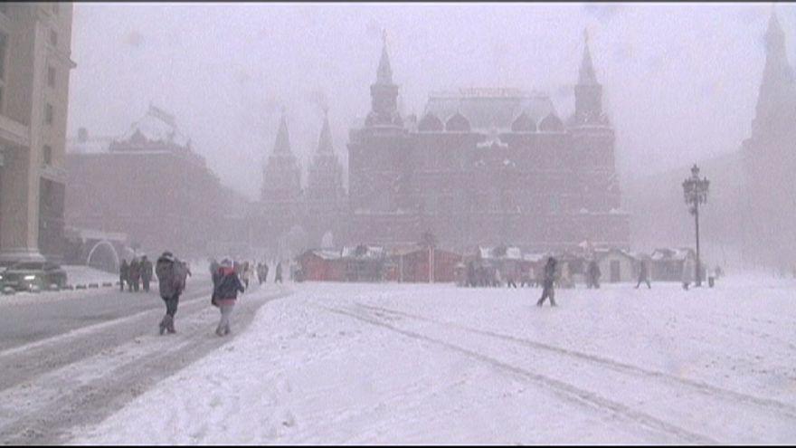 روسيا: الثلوج هدية عيد الميلاد إلى سكان موسكو