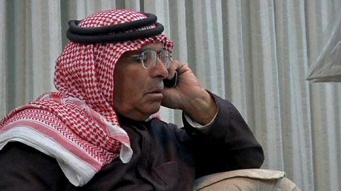 """والد الطيار الأردني الأسير لدى """"الدولة الإسلامية"""" يدعو التنظيم إلى معاملته كالضيف"""