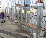 France: Angouleme council takes down anti-homeless cages around benches after outcry