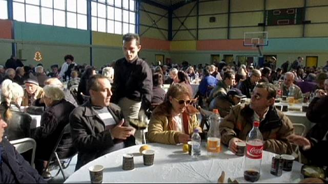 Greece: Soup kitchens feed thousands this Christmas