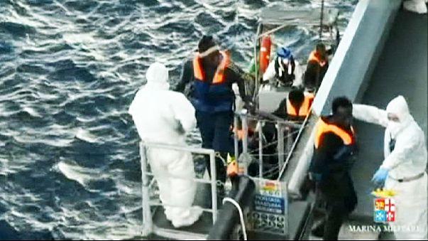 İtalya açıklarında bin 250 kaçak göçmen kurtarıldı