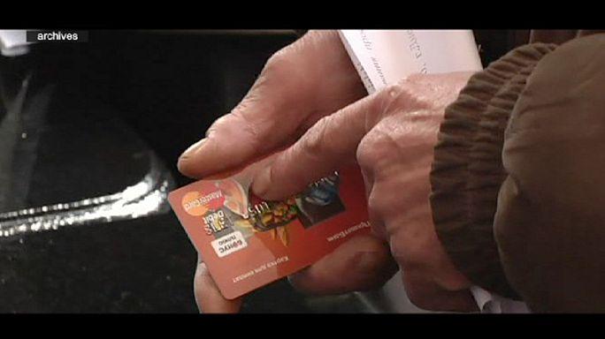 القرم بلا كهرباء وبلا بطاقات الائتمان