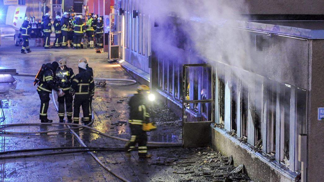Des Suédois mobilisés après un incendie criminel dans une mosquée du centre du pays