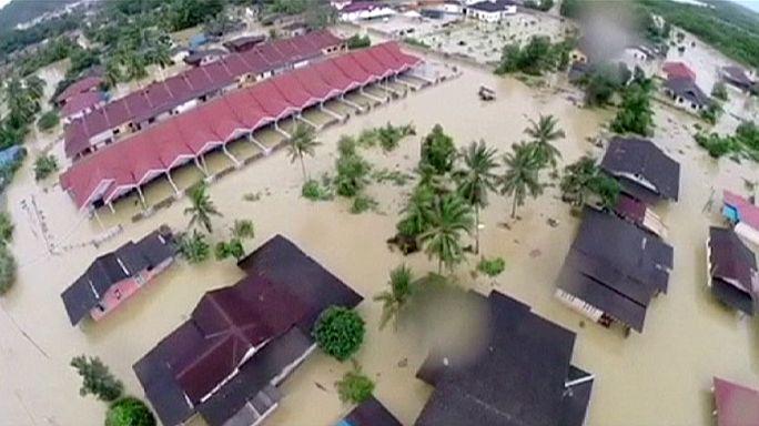 La Malaisie en proie à des inondations chaotiques