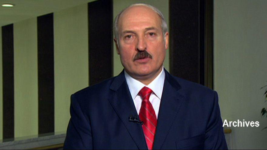 Lukaşenko ekonomik krizin faturasını kabineye kesti