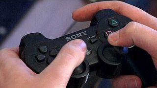 """Playstation : rétablissement """"progressif"""" des services en ligne"""