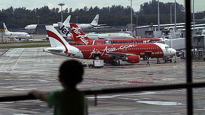 Se reanuda la búsqueda del avión de AirAsia desaparecido en Indonesia