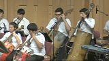 Una orquesta reciclada comienza una pequeña gira