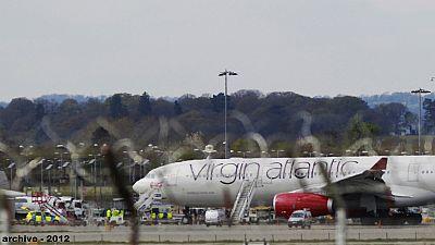 Virgin Atlantic airplane returns safely after landing gear problem