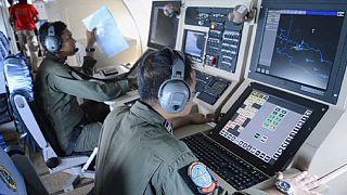 محدوده جستجو برای دریافت علائمی از هواپیمای شرکت ایرآسیا گسترش می یابد