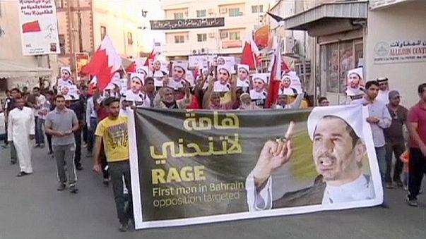 مظاهرات مطالبة بالإفراج عن زعيم أكبر حزب شيعي في البحرين