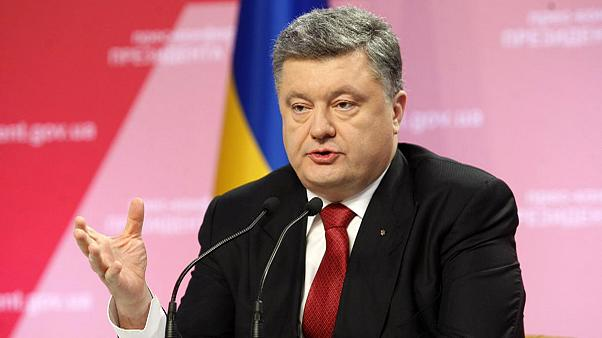 Ucrânia: Poroshenko confirma encontro com Putin