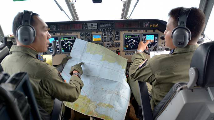 Следы лайнера AirAsia, возможно, нашли