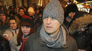 Kremlin critic Navalny detained by police at Moscow protest