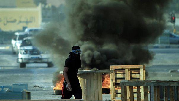 معترضان شیعه و نیروهای امنیتی بحرین درگیر شدند