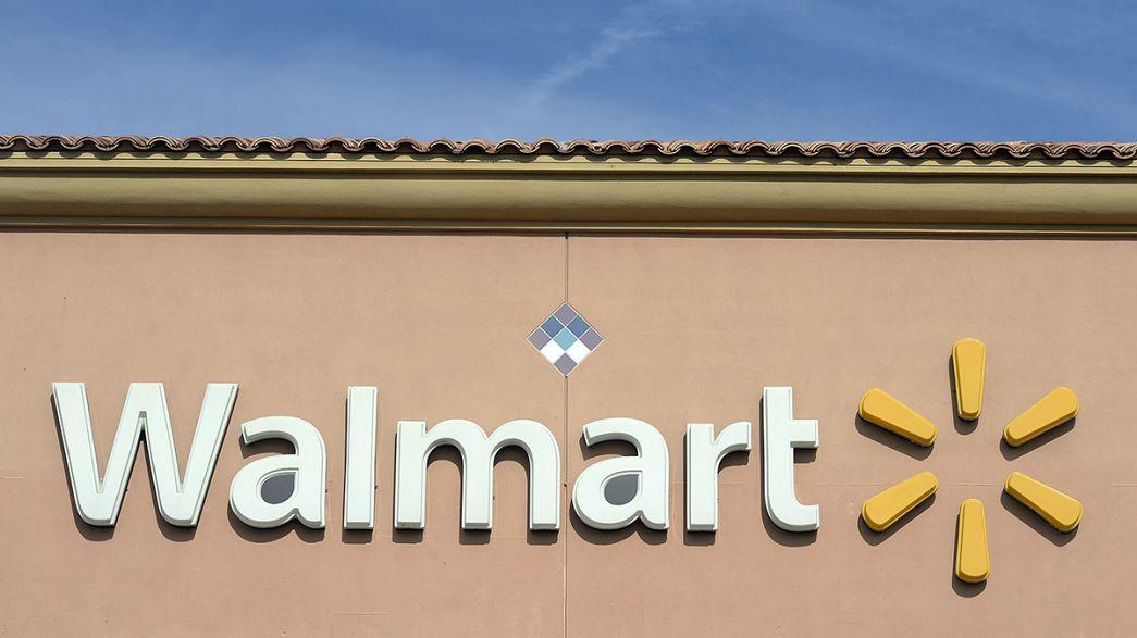 Egy kétéves kisfiú véletlenül agyonlőtte anyját egy amerikai szupermarketben