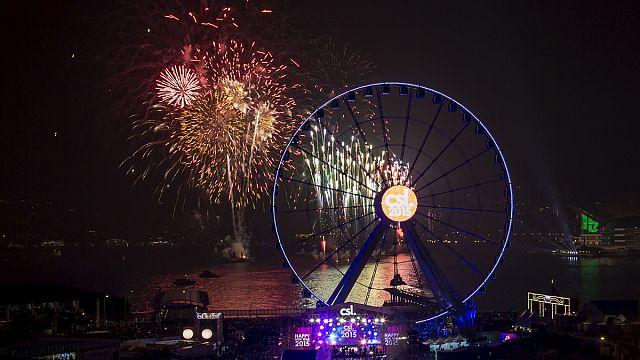 دول آسيوية تحتفل باستقبال العام الميلادي ألفين وخمسة عشر