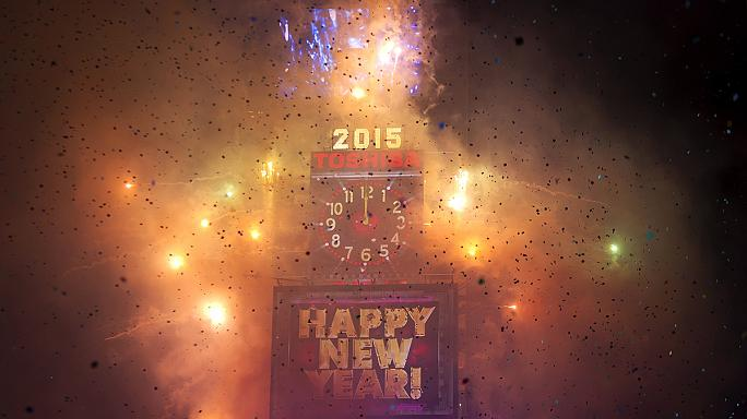 Global extravaganzas of fireworks and music & light shows ring in 2015