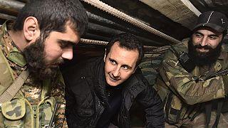 Katonákat látogatott meg a szíriai elnök