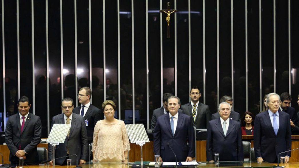 """Brasile, Rousseff promette: """"processo storico di cambiamento"""""""