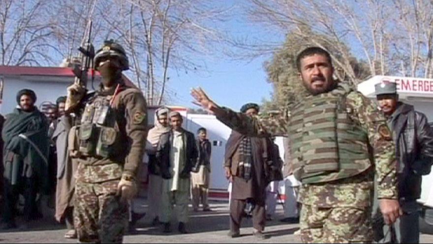 مقتل مدنيين إثر إصابتهم بقذيفة هاون أطلقها جنود أفغان
