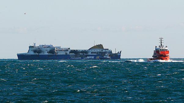 Adriyatik'te yanan feribot limana çekildi