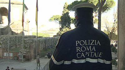 """Roma: Polícias municipais """"meteram baixa"""" na passagem de ano"""