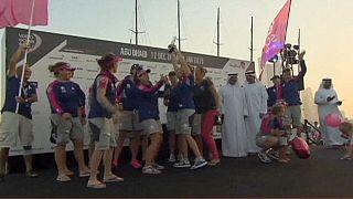 Volvo Ocean Race: le donne del Team SCA vincono la In-port di Abu Dhabi