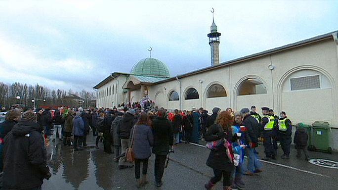 Les Suédois condamnent les attaques contre les mosquées