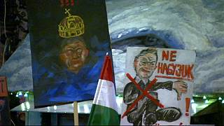 Húngaros voltam a manifestar-se contra o governo