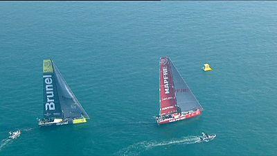 Volvo Ocean Race: Abu Dhabi guida la flotta, alla partenza della 3a tappa