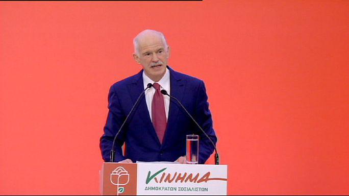 Új párttal száll kampányba az egykori görög kormányfő, Papandreu