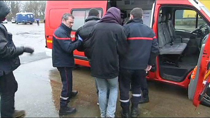 اصابة 7 أشخاص في اشتباكات بين مهاجرين شمال فرنسا