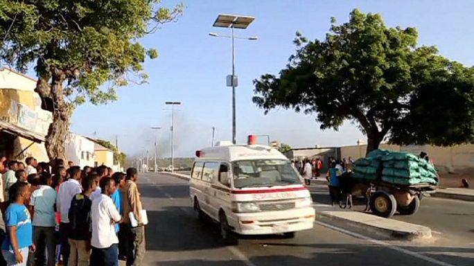 مقتل أربعة أشخاص في هجوم انتحاري قرب مطار مقديشو