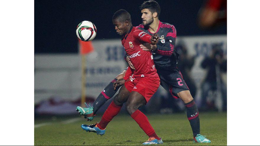 Liga Portuguesa, J15: Sporting está bem e recomenda-se, Benfica e Porto vencem fora